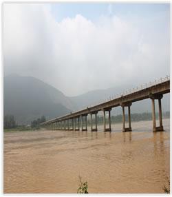 未拆除的漢中市孤山漢江大橋