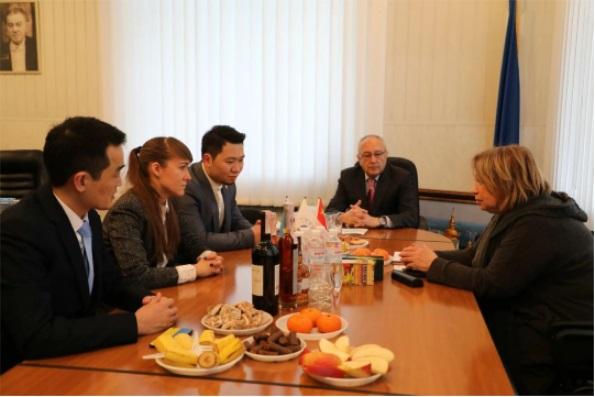 乌克兰留学中心正式代表格里埃尔基辅音乐学院在中国招生442.JPG