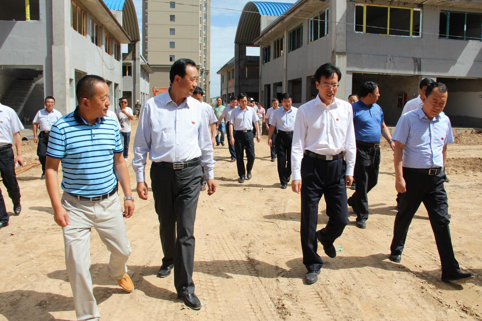 2016年7月25庆阳市长牟建民视察工作