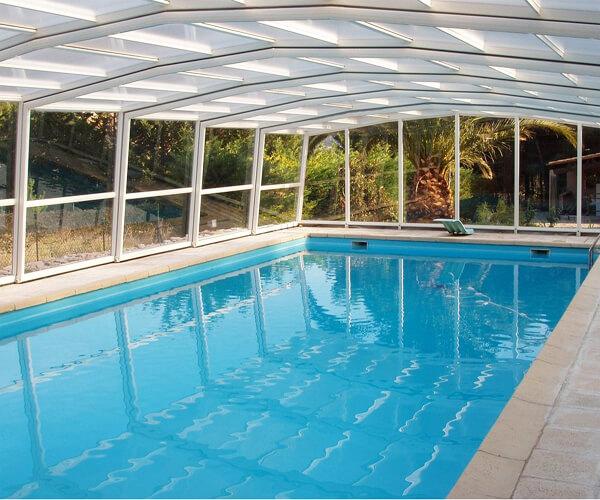 遼寧溫泉酒店室內恒溫游泳池