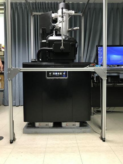 透射電子顯微鏡主動消磁系統.jpg