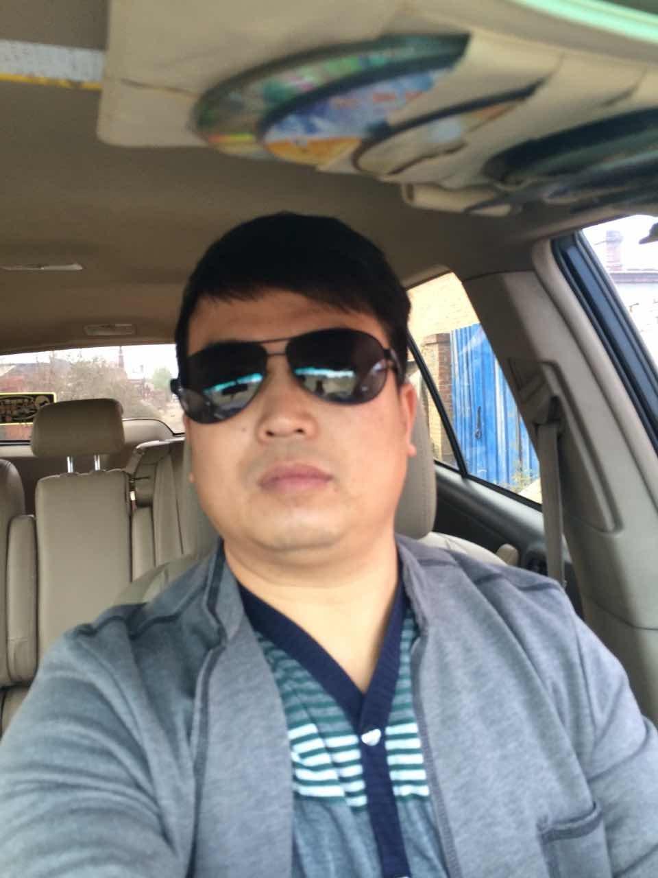 副会长:吴天宇 公司 沈阳金卓越标识有限公司