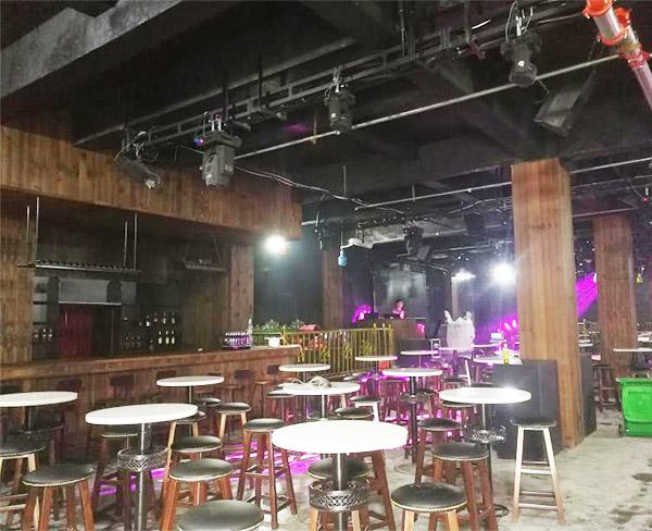 酒吧音響工程